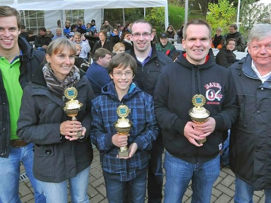 Hier sehen Sie die Sieger der Minigolf-Stadtmeisterschaft 2012