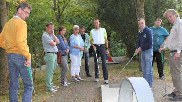Reinhard Neitzke beim Training mit den Hobbysportlern auf der Freizeitanlage Almterrassen im Jahr 2016